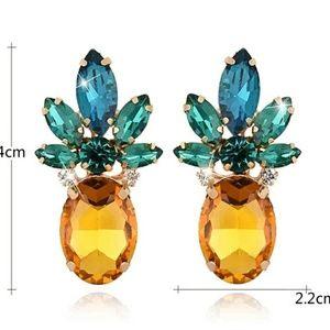 🛒Cute crystal pineapple earrings
